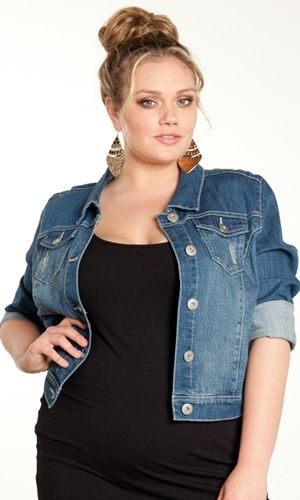 Plus Size Denim Archives - curvyoutfits.com