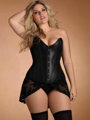 plus size leather lingerie 5 best outfits2 - Plus Size Leather Lingerie 5 best outfits