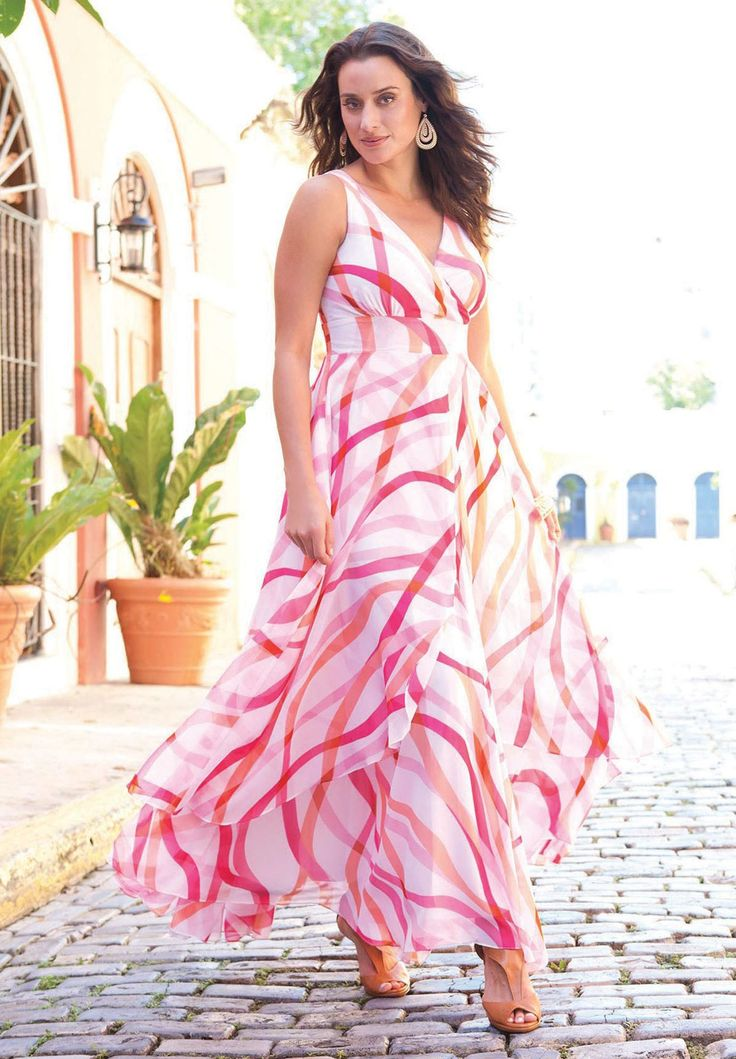 Discover extra maxi dresses with mayridress. Shop the range of colourful maxi dress styles from bandeau to one shoulder. Lovely summer and beach wear. Dress for tall women.