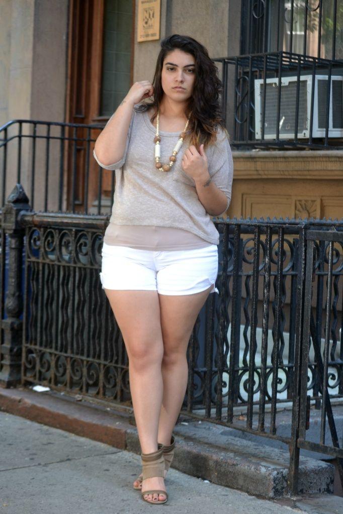 Simple Plus Size Outfits 5 best - curvyoutfits.com