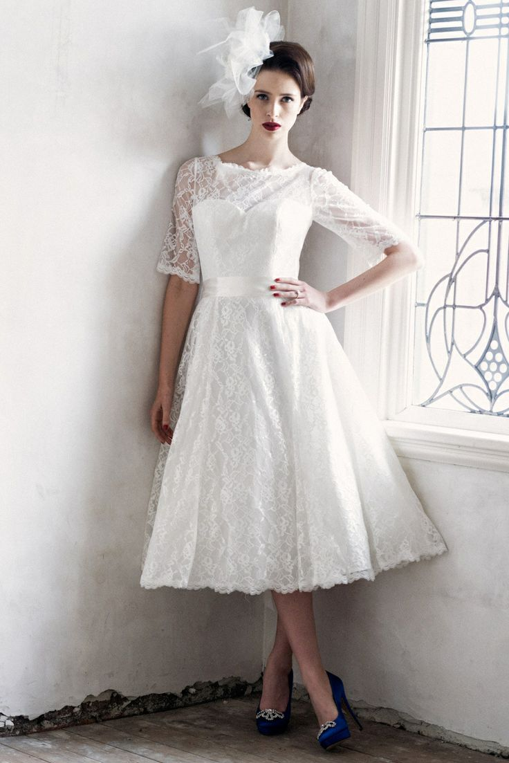 Plus size wedding dresses with sleeves tea length