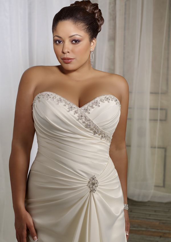 Plus size wedding gowns for mature brides for Wedding dresses for older plus size brides