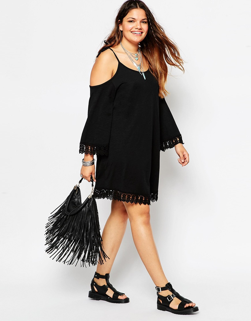 5 Amazing Black Dress Plus Size for Casual or Party Dressing - curvyoutfits.com