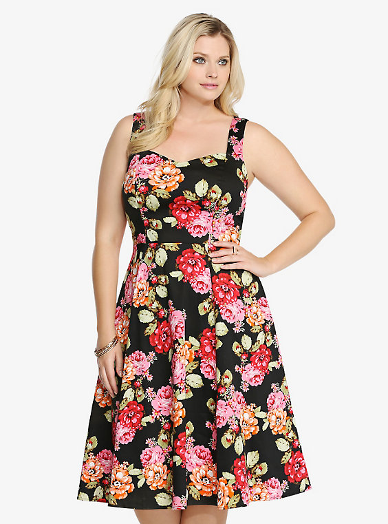 We carry plus size dresses, plus size maxis, plus size midi and mini dresses, plus size skirts, plus size jeans, plus size jumpuits and rompers. We also offer a selection of hard to find items like plus size bodysuits, plus size active wear, plus size leggings, plus size jeweled corsets.
