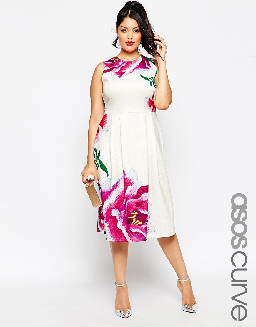 The Best Plus Size Clothing for Curvy Fashionistas