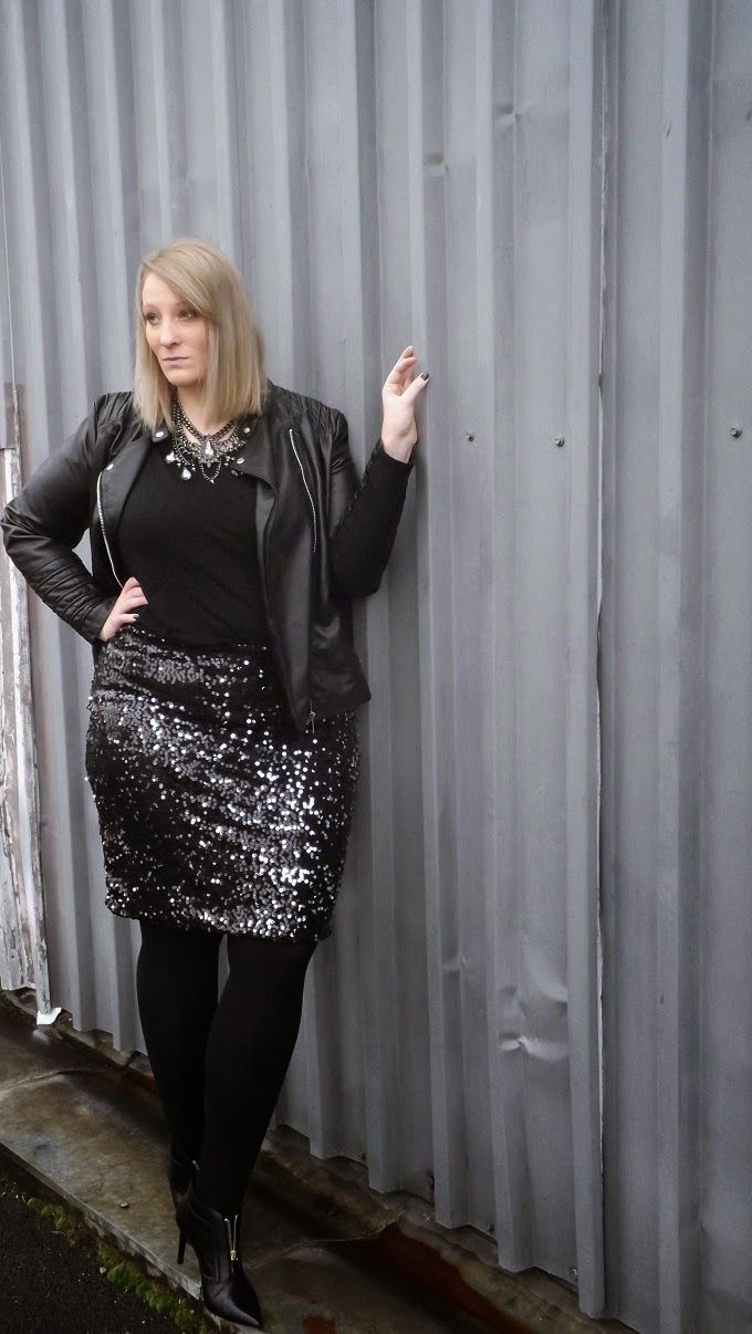 5 plus size christmas outfits with leather jacket that you will love - 5 plus size Christmas outfits with leather jacket that you will love