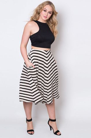 the-plus-size-cropped-top-that-you-will-love-and-5-ideas-to-wear-it-2
