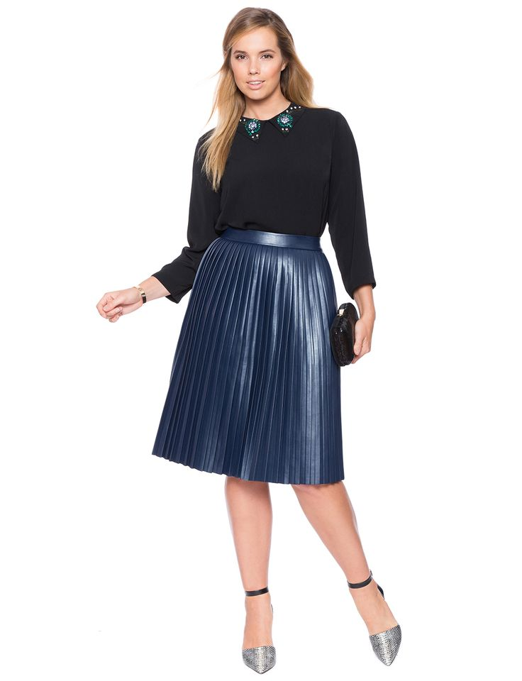 5 stylish ways to wear a plus size pleated skirt as a plus