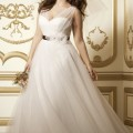 8 amazing wedding dresses for curvy women 4 120x120 - 8 amazing wedding dresses for curvy women