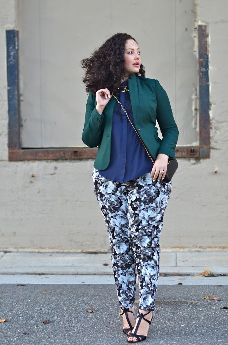 how to wear plus size floral pants and look elegant - curvyoutfits