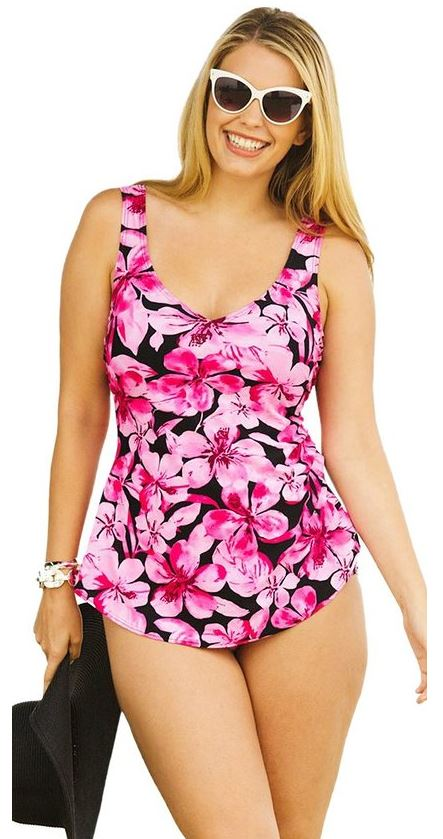 5 pink plus size swimsuits that are really flattering 4 - 6 pink plus size swimsuit options that are really flattering