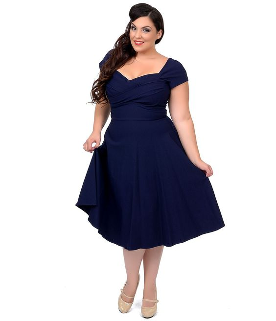 5 beautiful navy blue dresses for curvy women - curvyoutfits.com