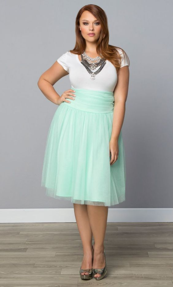 fashionable combinations with a spring tulle skirt 2 - 5 fashionable spring outfits with a plus size tulle skirt