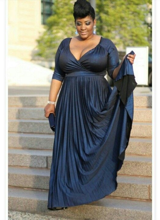 82f13d631b9 Formal dresses plus size - curvyoutfits.com