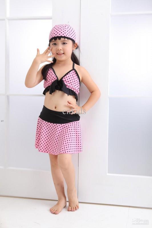 junior plus size swim suits 5 best outfits2 - junior-plus-size-swim-suits-5-best-outfits2