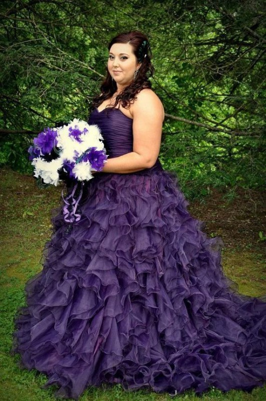 plus size ball gowns halloween 5 best outfits3 - plus-size-ball-gowns-halloween-5-best-outfits3