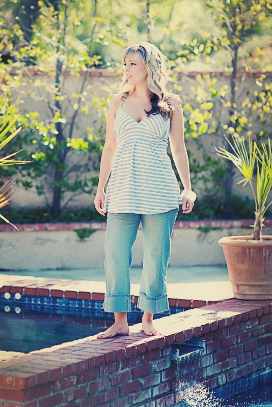 plus size maternity clothes 5 best outfits2 - plus-size-maternity-clothes-5-best-outfits2