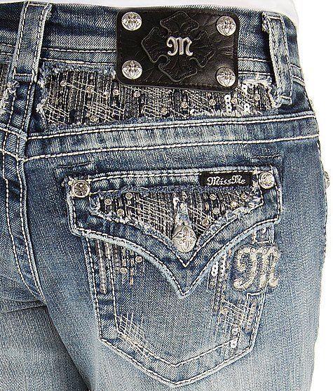 18db941dd29 plus-size-miss-me-jeans-5-best-outfits - curvyoutfits.com