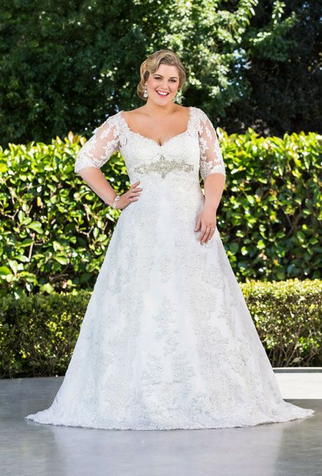 plus size wedding dresses sleeves 5 best outfits2 - plus-size-wedding-dresses-sleeves-5-best-outfits2