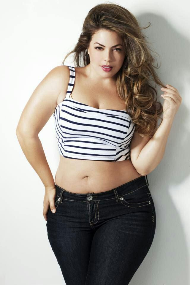 b82974cb23835 Pretty plus size outfits 5 top - curvyoutfits.com