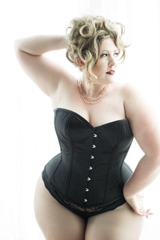 plus size corsets 5 top4 - Plus Size Corsets 5 top
