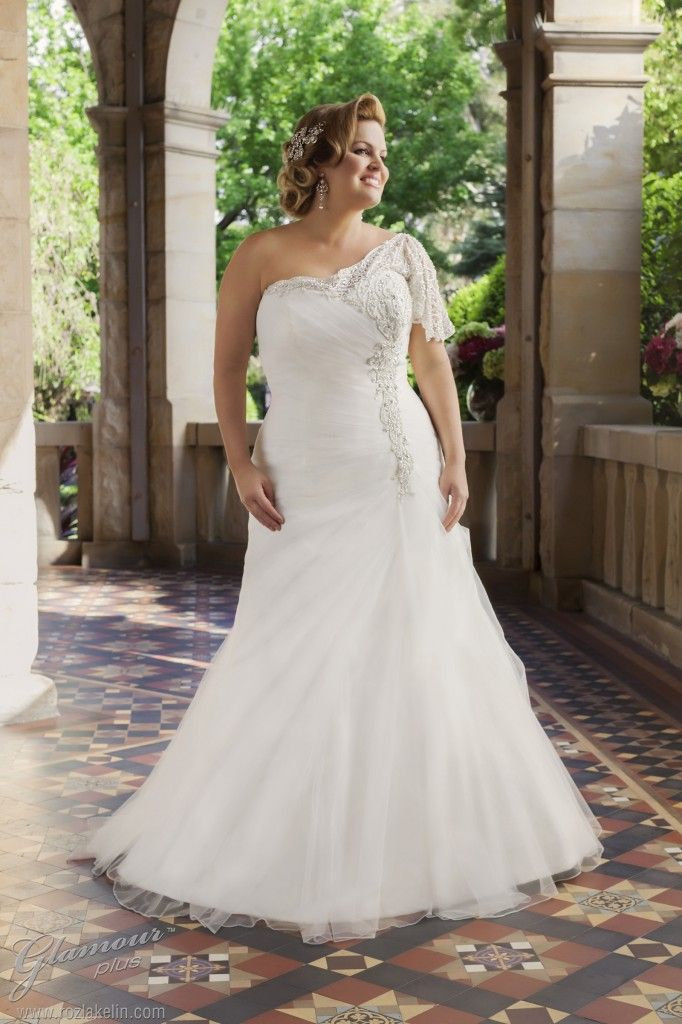 Plus Size Wedding Dresses One Shoulder Curvyoutfits