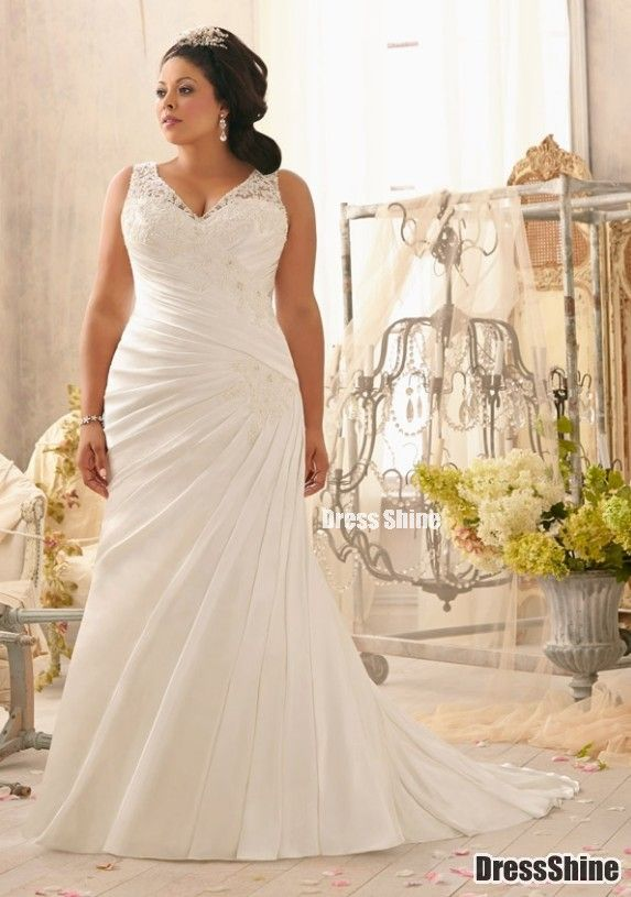Plus size wedding dresses with lace sleeves - curvyoutfits.com