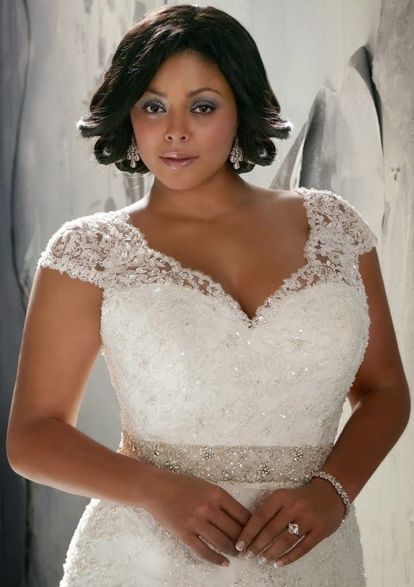 Plus Size Wedding Dresses With Sleeves Page 4 Of 5 Curvyoutfits