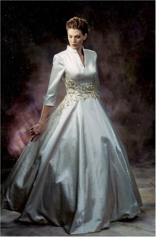 plus size wedding gowns with 34 sleeves2 - plus-size-wedding-gowns-with-34-sleeves2