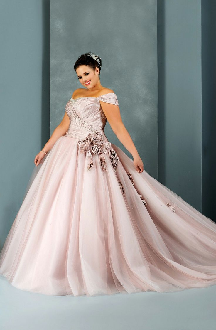 Plus Size Wedding Gowns With Color2 Curvyoutfits