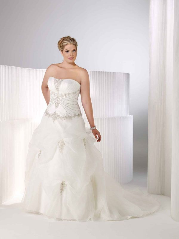 Plus size bridal gowns – some popular options - curvyoutfits.com