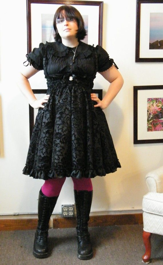53ea663e572 The 5 Best Looks for Building Your Plus Size Gothic Clothing ...