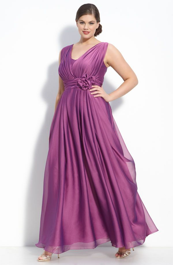 83f41a96cde1 The best styles for plus-size modest bridesmaid dresses