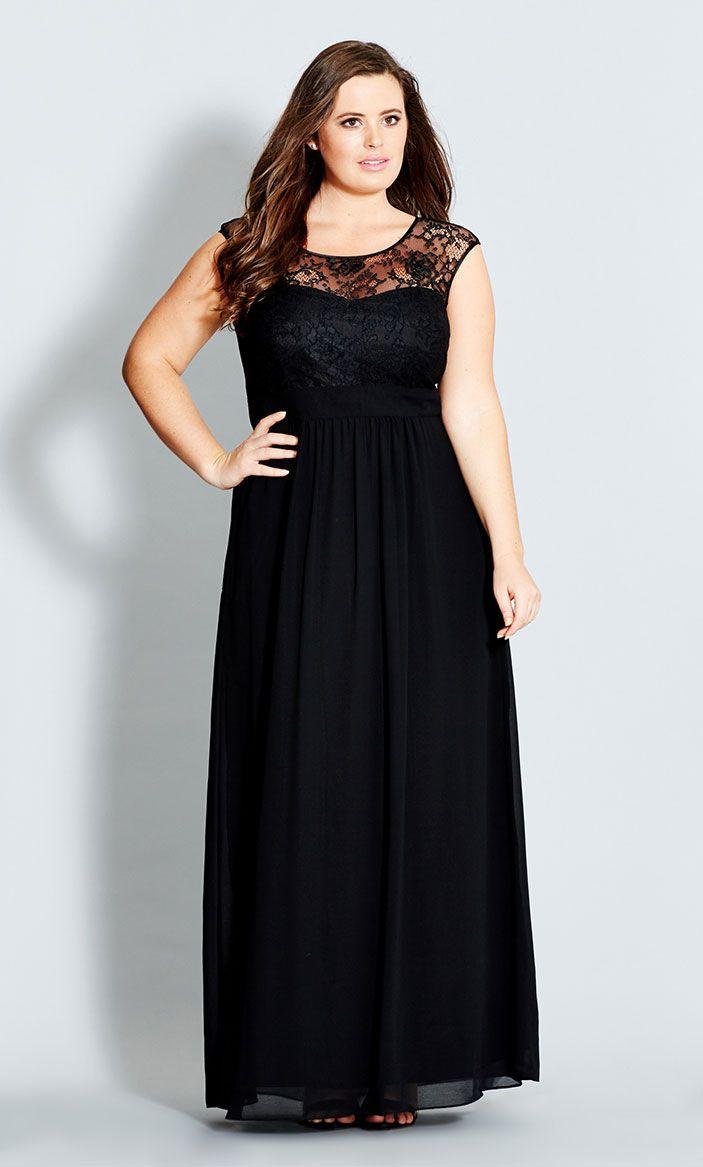5-ways-to-wear-a-plus-size-black-maxi-dress