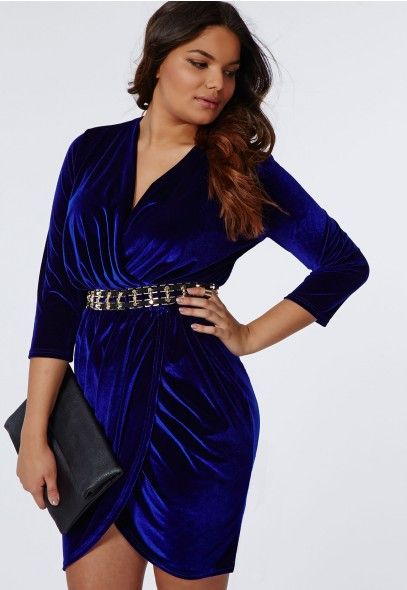 5 ways to wear a plus size velvet dress for the new years eve 2 - 5-ways-to-wear-a-plus-size-velvet-dress-for-the-new-years-eve-2