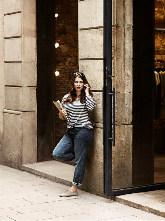 how-to-wear-the-striped-blouse-without-looking-frumpy1
