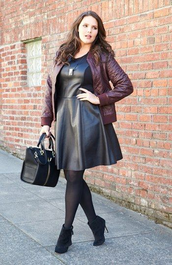 62f5ba3fe8053 5 stylish ways to wear a plus size bomber jacket - curvyoutfits.com