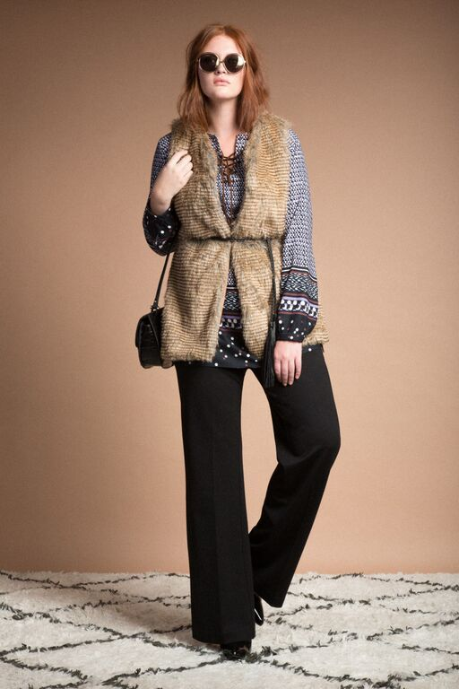 5 ways to wear a plus size fur vest that you will love 3 - 5-ways-to-wear-a-plus-size-fur-vest-that-you-will-love-3
