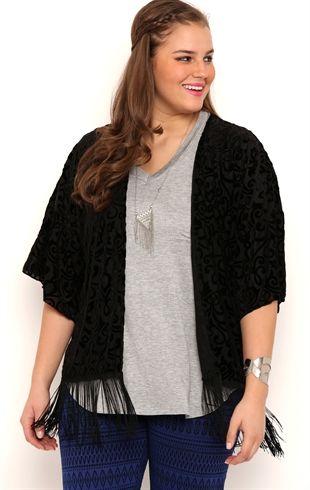 5 ways to wear the velvet kimono without looking frumpy 1 - 5-ways-to-wear-the-velvet-kimono-without-looking-frumpy-1