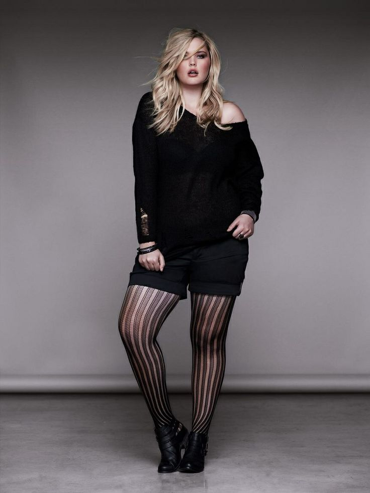 5 flattering ways to wear plus size shorts with leggings ...