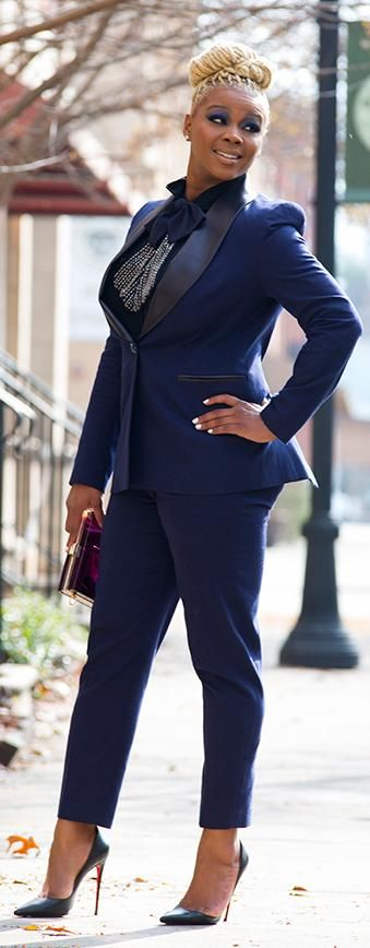 5 plus size female suits that you will love 4 - 5-plus-size-female-suits-that-you-will-love-4