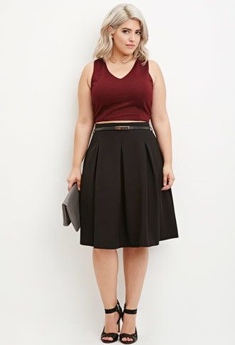 5-stylish-ways-to-wear-a-plus-size-pleated-skirt-as-a-plus-size-girl