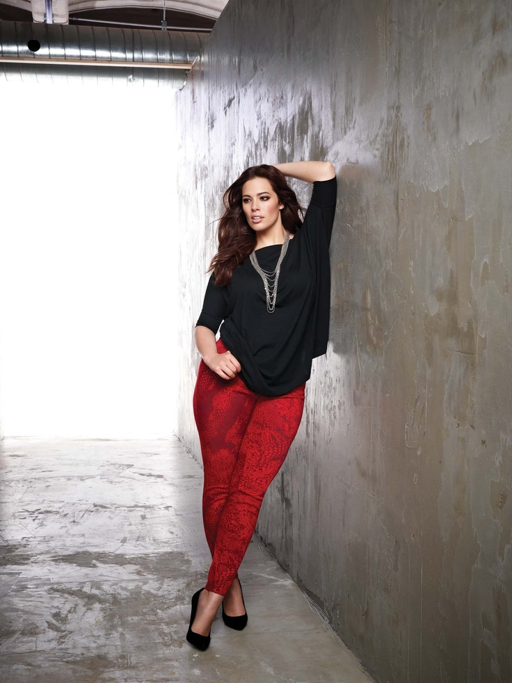 5be0ec511d0 5-ways-to-wear-plus-size-red-pants-in-glamorous-ways-2 ...