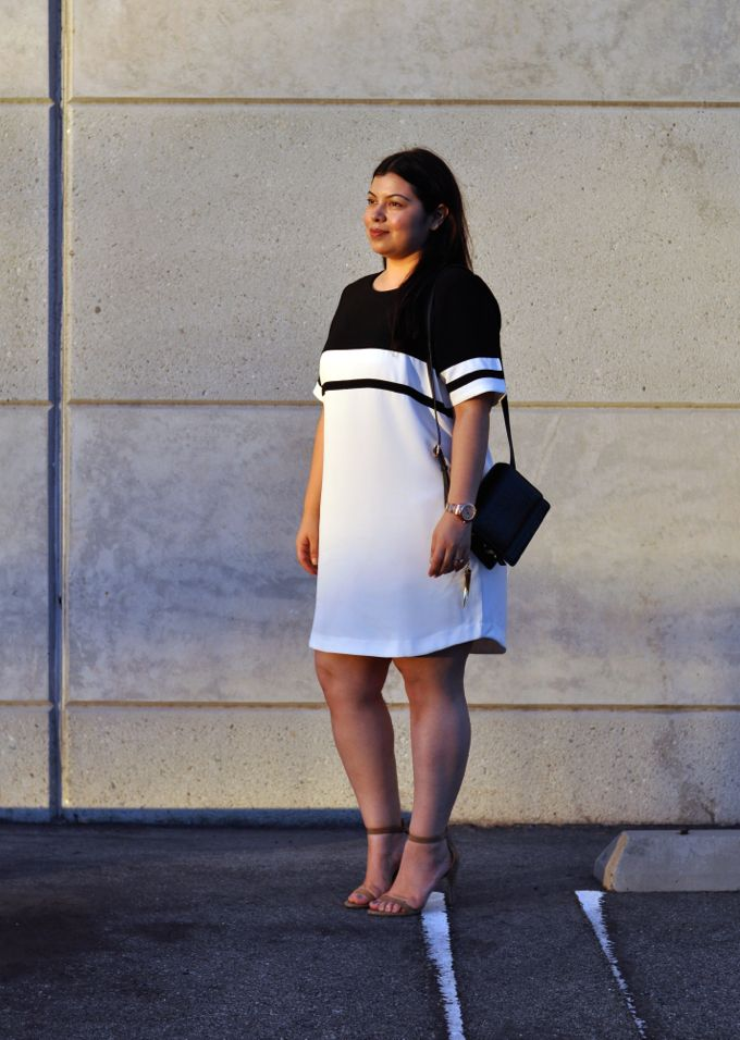 how to wear a sporty dress without looking frumpy 1 - how-to-wear-a-sporty-dress-without-looking-frumpy-1