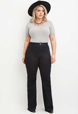 how to wear plus size flared jeans in spring - how-to-wear-plus-size-flared-jeans-in-spring