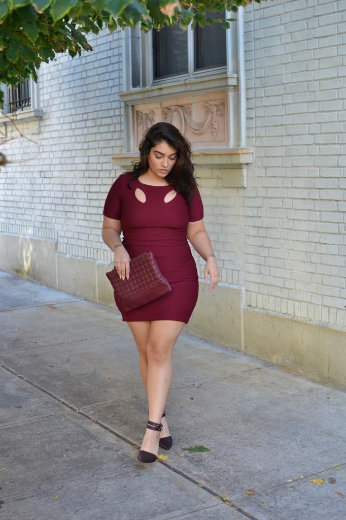 5 ways to wear a burgundy plus size dress 2 - 5-ways-to-wear-a-burgundy-plus-size-dress-2