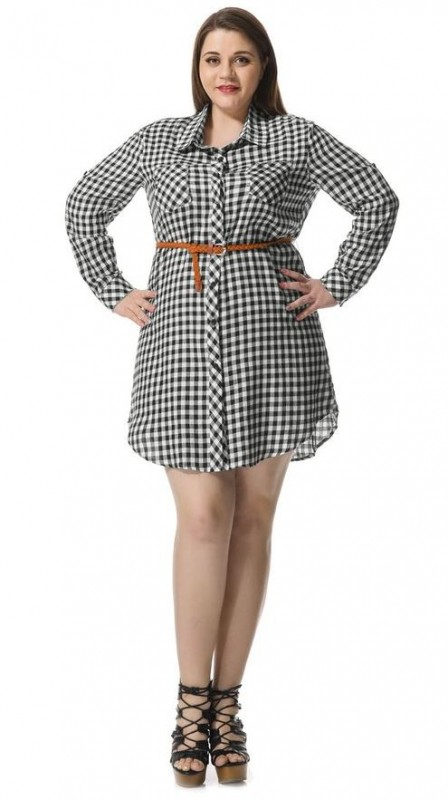 5 ways to wear a plus size plaid dress this spring (1)