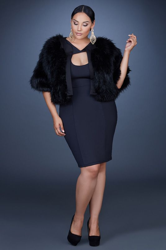 how to get dressed in total black as a plus size woman 3 - how-to-get-dressed-in-total-black-as-a-plus-size-woman-3