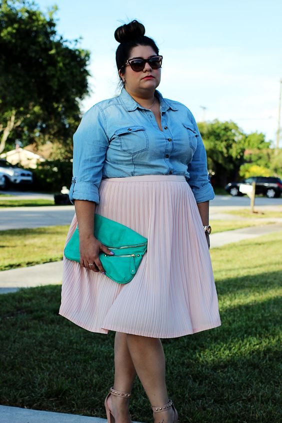 5-plus-size-pastel-skirt-outfits-for-romantic-looks-1