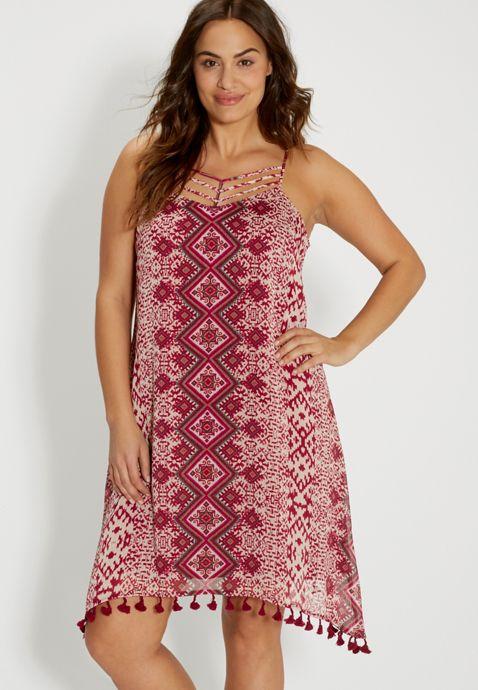 5-ethnic-print-dresses-for-curvy-ladies